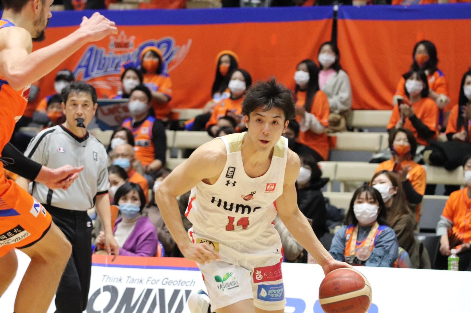 21得点を記録した大阪エヴェッサ・橋本拓哉©Basketball News 2for1